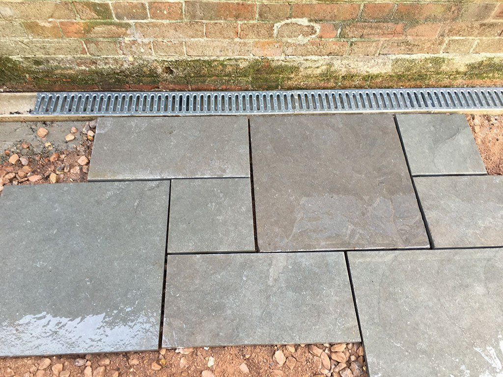 Soakaway in patio paving slabs